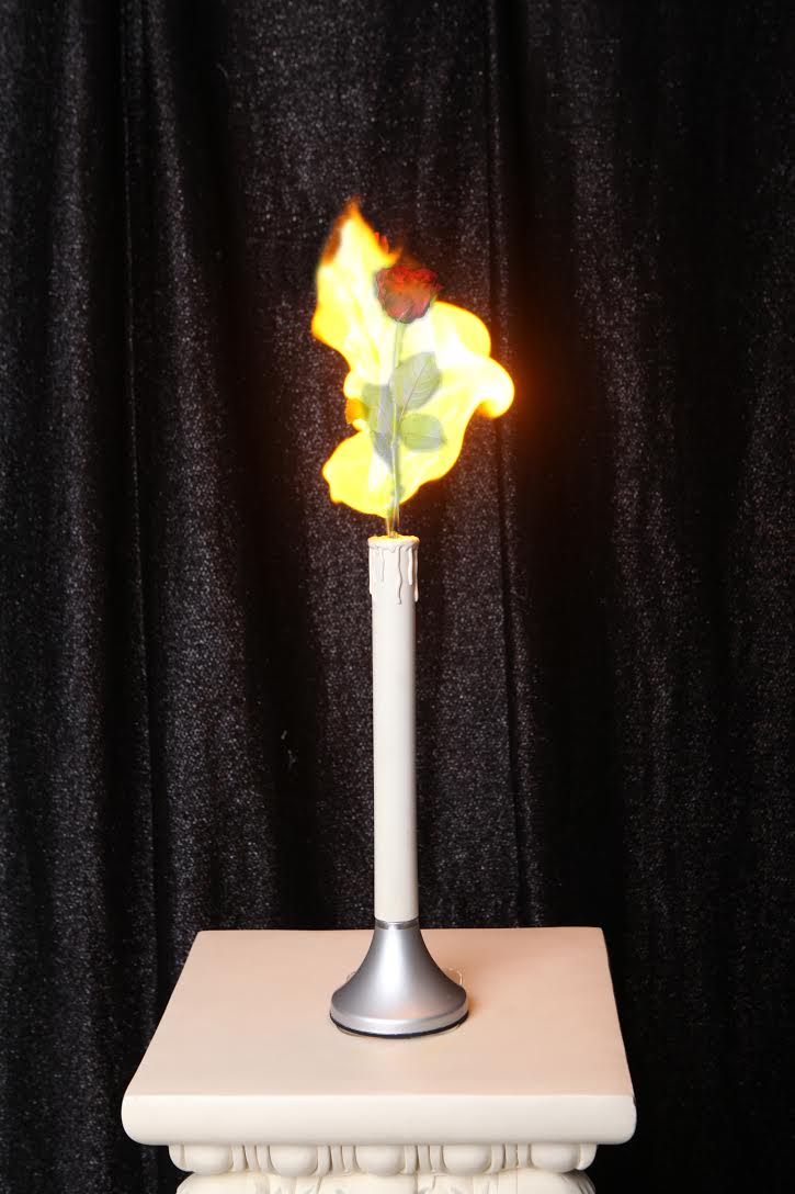 Appearing rose and Self-Ignition candle